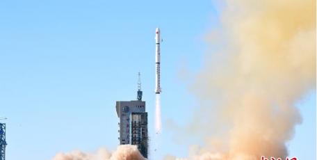 一箭三星 中国成功发射遥感三十一号02组卫星