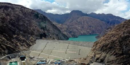 """真抓实干 马上就办   """"新疆三峡""""阿尔塔什水利枢纽工程并网发电"""