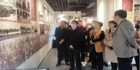参观红色体育博物馆 推动党史学习教育往实里走